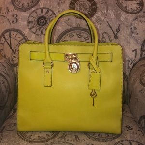 Price **IS NOT**Firm—Michael Kors HAMILTON Tote